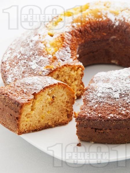 Лесен кекс / сладкиш с конфитюр или сладко от малини - снимка на рецептата